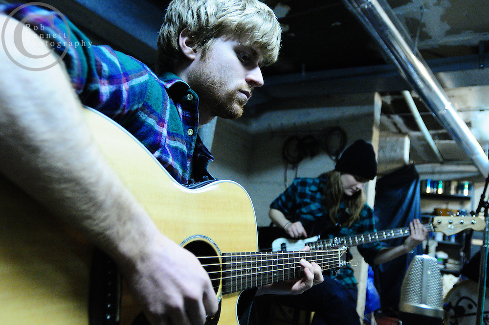 .---.Brooklyn, NY /  Aug 03, 2009:.Jenny Owen Youngs, Dan Romer and Jukebox The Ghost in recording studio..---.Rob Bennett