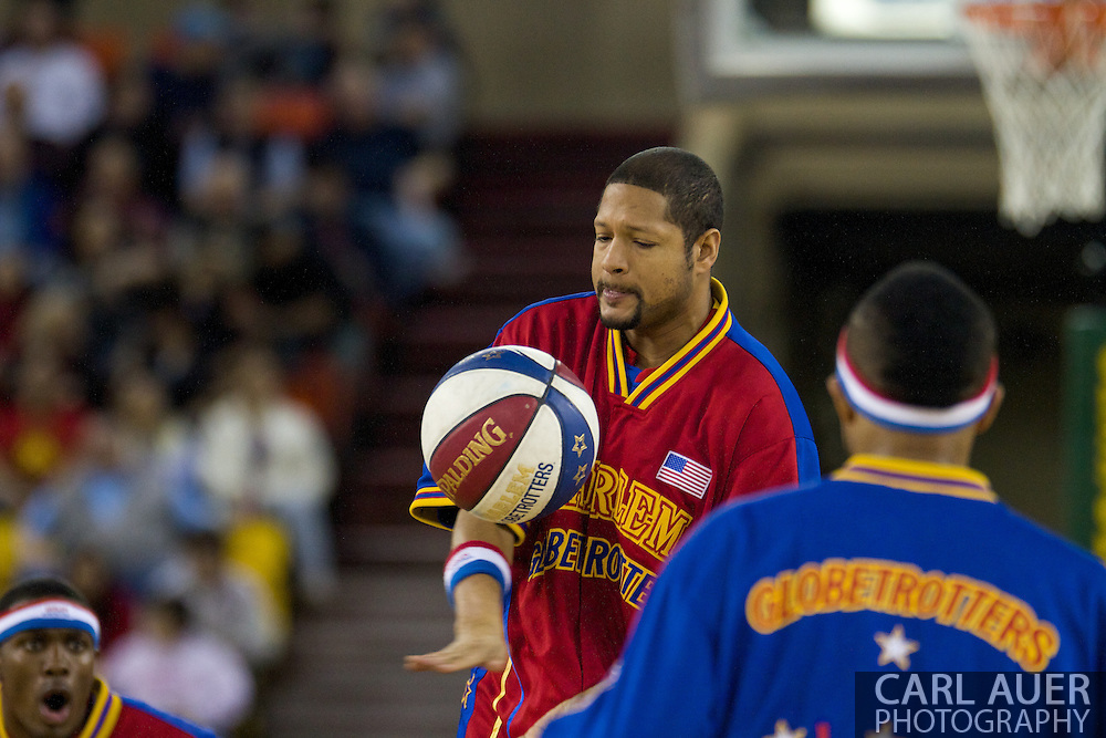 April 30th, 2010 - Anchorage, Alaska: Handles Franklin of the Harlem Globetrotters warms up to Sweet Georgia Brown prior to a game against the perennial losers, the Washington Generals.