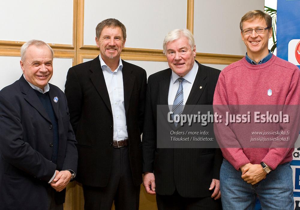 Jyrki Heliskoski, Stuart Baxter, Pekka Hämäläinen, Markku Kanerva. SPL:n Visio 2020 -tilaisuus. 28.1.2008. Photo: Jussi Eskola