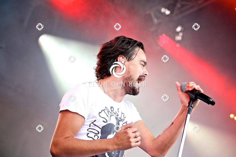 LIESHOUT - Bavaria Open Air Festival. Met op de foto  zanger Dinand Woesthoff van de band Kane. FOTO LEVIN DEN BOER - PERSFOTO.NU