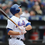 NEW YORK, NEW YORK - MAY 04:  Neil Walker #20 of the New York Mets preparing batting during the Atlanta Braves Vs New York Mets MLB regular season game at Citi Field on May 04, 2016 in New York City. (Photo by Tim Clayton/Corbis via Getty Images)