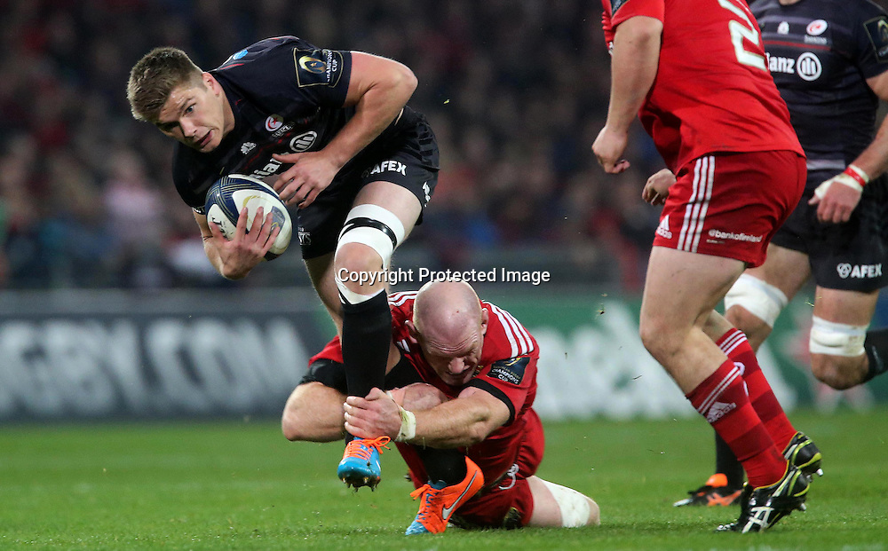 European Rugby Champions Cup Round 2, Thomond Park, Limerick 24/10/2014<br /> Munster vs Saracens<br /> Munster's Paul O'Connell and Owen Farrell of Saracens<br /> Mandatory Credit &copy;INPHO/Ryan Byrne