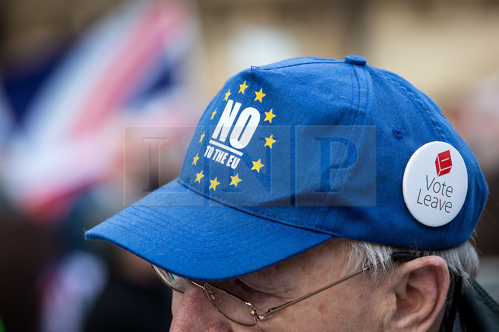 © Licensed to London News Pictures. 23/11/2016. London, UK. Pro-brexit demonstrators campaign outside the Houses of Parliament for a 'hard Brexit' on the day Chancellor of the Exchequer Philip Hammond releases the autumn statement. Photo credit : Tom Nicholson/LNP