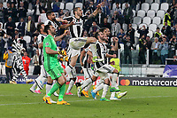 can - 14.03.2017 - Torino - Champions League Quarti di Finale  -  Juventus-Barcellona nella  foto: L'esultanza dei giocatori della Juventus a fine partita