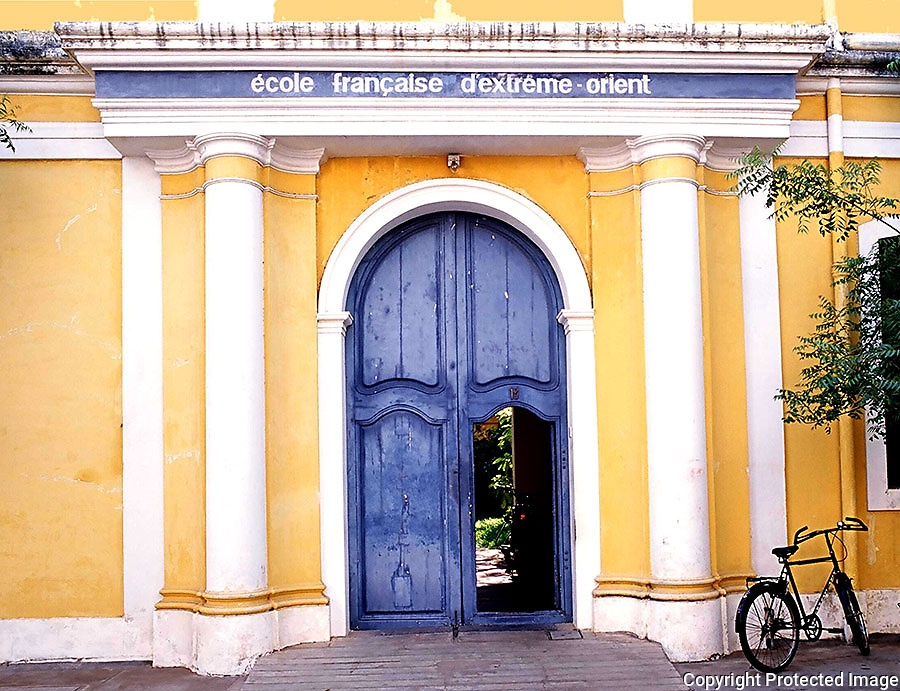 Entrance of the &Eacute;cole fran&ccedil;aise d'Extr&ecirc;me-Orient ,French institute dedicated to the <br />