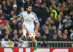 MADRID, SPAIN - Tuesday, November 4, 2014: Real Madrid's Alvaro Arbeloa in action against Liverpool during the UEFA Champions League Group B match at the Estadio Santiago Bernabeu. (Pic by David Rawcliffe/Propaganda)
