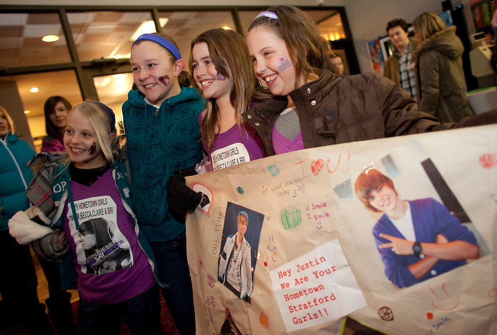 Stratford, Ontario ---11-02-10--- Young fans of Justin Bieber pose for the media at the debut of Justin's new movie in his hometown of Stratford, Ontario, February 10, 2011. From left are Brianna Patterson, Becca Ernest, Claire Lavereau and Taylor Hotson.<br /> GEOFF ROBINS The Globe and Mail