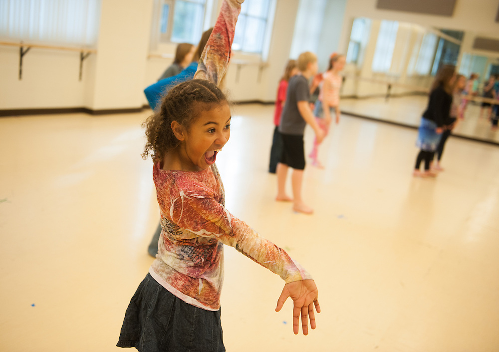 Dance students teach local elementary school students through ZagDance. (Photo by Gonzaga University)