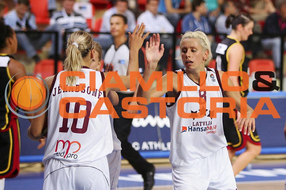 DESCRIZIONE : Vasto Italy Italia Eurobasket Women 2007 Lettonia Belgio Latvia Belgium <br /> GIOCATORE : Gunta Basko <br /> SQUADRA : Lettonia Latvia <br /> EVENTO : Eurobasket Women 2007 Campionati Europei Donne 2007 <br /> GARA : Lettonia Belgio Latvia Belgium <br /> DATA : 30/09/2007 <br /> CATEGORIA : Esultanza Champion <br /> SPORT : Pallacanestro <br /> AUTORE : Agenzia Ciamillo-Castoria/S.Silvestri <br /> Galleria : Eurobasket Women 2007 <br /> Fotonotizia : Vasto Italy Italia Eurobasket Women 2007 Belgium Latvia Belgio Lettonia <br /> Predefinita :