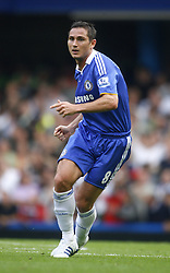FRANK LAMPARD.CHELSEA FC.CHELSEA V MANCHESTER UTD.STAMFORD BRIDGE, CHELSEA, ENGLAND.21 September 2008.DIV85881..  .WARNING! This Photograph May Only Be Used For Newspaper And/Or Magazine Editorial Purposes..May Not Be Used For, Internet/Online Usage Nor For Publications Involving 1 player, 1 Club Or 1 Competition,.Without Written Authorisation From Football DataCo Ltd..For Any Queries, Please Contact Football DataCo Ltd on +44 (0) 207 864 9121