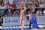 DESCRIZIONE : Campionato 2014/15 Serie A Beko Dinamo Banco di Sardegna Sassari - Grissin Bon Reggio Emilia Finale Playoff Gara4<br /> GIOCATORE : Darius Lavrinovic<br /> CATEGORIA : Tiro Tre Punti Three Point Ritardo<br /> SQUADRA : Grissin Bon Reggio Emilia<br /> EVENTO : LegaBasket Serie A Beko 2014/2015<br /> GARA : Dinamo Banco di Sardegna Sassari - Grissin Bon Reggio Emilia Finale Playoff Gara4<br /> DATA : 20/06/2015<br /> SPORT : Pallacanestro <br /> AUTORE : Agenzia Ciamillo-Castoria/GiulioCiamillo