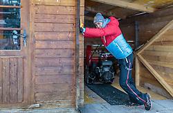 16.12.2016, Nordische Arena, Ramsau, AUT, FIS Weltcup Nordische Kombination, Skisprung, im Bild Mario Seidl (AUT) // Mario Seidl of Austria during Skijumping Competition of FIS Nordic Combined World Cup, at the Nordic Arena in Ramsau, Austria on 2016/12/16. EXPA Pictures © 2016, PhotoCredit: EXPA/ JFK
