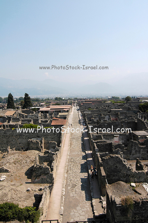 General elevated view of Vicolo del Fauno from the top of the Torre di Mercurio at the ruins at Pompeii, Campania, Italy under the Vesuvius volcano, July 2006