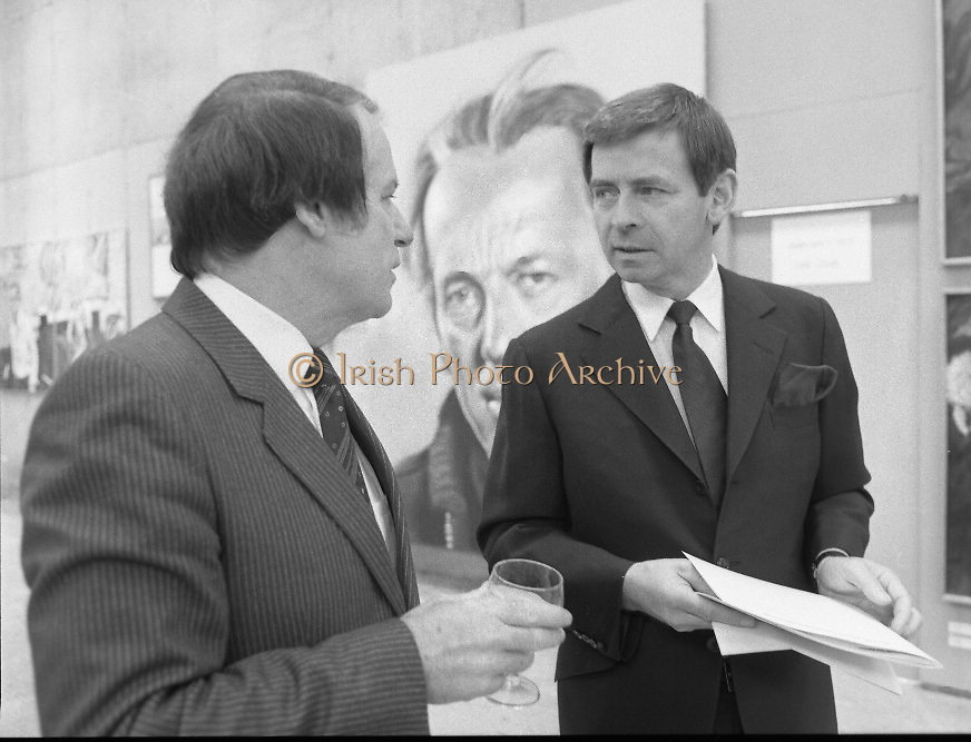 The G.P.A.awards for Emerging Artists..(Guinness Peat Aviation).1984..23.09.1984..09.23.1984..23rd September 1984..The award ceremony was held at The Royal Hibernian Academy of Arts,Gallagher Gallery,Ely Place,Dublin..Photograph of Mr Ted Nealon TD,Minister for Arts and Culture in conversation with Mr Jim King,GPA.