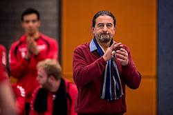09-12-2017 NED: Advisie/SSS - Vallei Volleybal Prins, Barneveld<br /> Advisie/SSS liet geen spaan heel van buurman Vallei Volleybal Prins en won binnen een uur met 3-0 / Coach Ivo Martinovic of Vallei Volleybal Prins