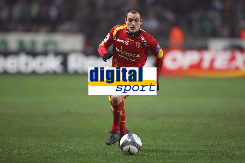 FOOTBALL - FRENCH CHAMPIONSHIP 2009/2010  - L1 - RC LENS v AS SAINT ETIENNE - 22/12/2009 - PHOTO DPPA / DPPI - SEBASTIEN ROUDET (LENS)
