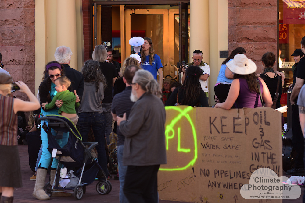 11/15/2016, Boulder, Colorado, Pearl Street Mall County Courthouse and Wells Fargo Branch. These were two peaceful protests with music and speeches to rally people to say no to the Dakota Access pipeline (#NoDAPL). From www.nodaplsolidarity.org website: <br />
