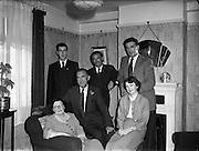 O'Shea, Mr and Mrs and Family, 13 Ferguson Rd., Drumcondra<br /> 16/08/1953  16/08/1953<br /> 08/16/1953<br /> 16 August 1953<br /> <br /> O'Shea, Mr and Mrs and Family, 13 Ferguson Rd., Drumcondra