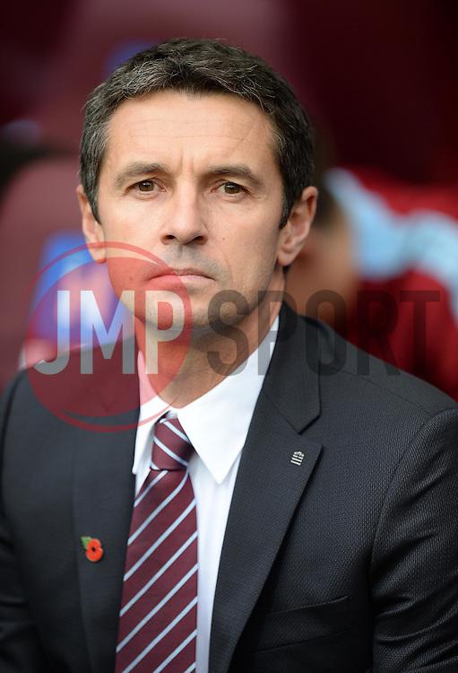 Aston Villa Manager Remi Garde - Mandatory byline: Alex James/JMP - 07966 386802 - 08/11/2015 - FOOTBALL - Villa Park - Birmingham, England - Aston Villa v Manchester City - Barclays Premier League