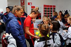 Mascots visit the changing room prior to kick-off- Mandatory by-line: Nizaam Jones/JMP - 28/04/2019 - FOOTBALL - Stoke Gifford Stadium - Bristol, England - Bristol City Women v West Ham United Women - FA Women's Super League 1