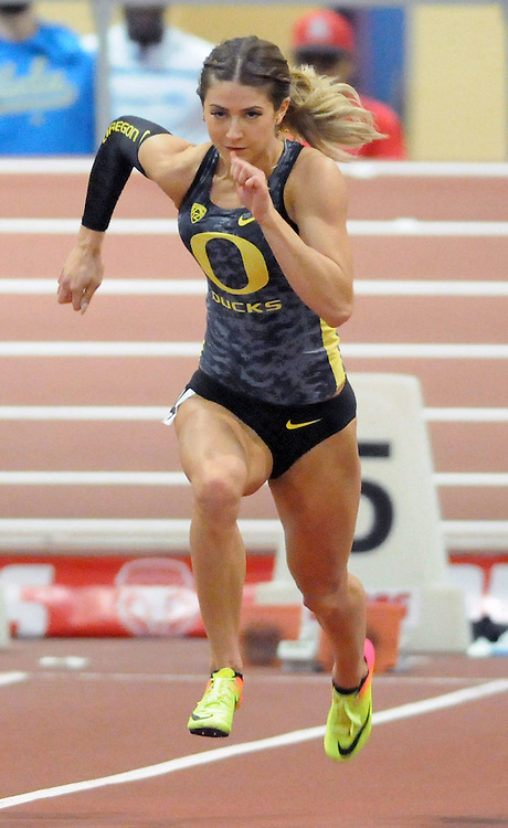 jt021117i/sports/jim thompson/ Oregon's Hannah Cunliffe wins the Women's 60 meter Dash with a record time at the Don Kirby Indoor Track Meet.  Saturday Feb.11, 2017. (Jim Thompson/Albuquerque Journal)