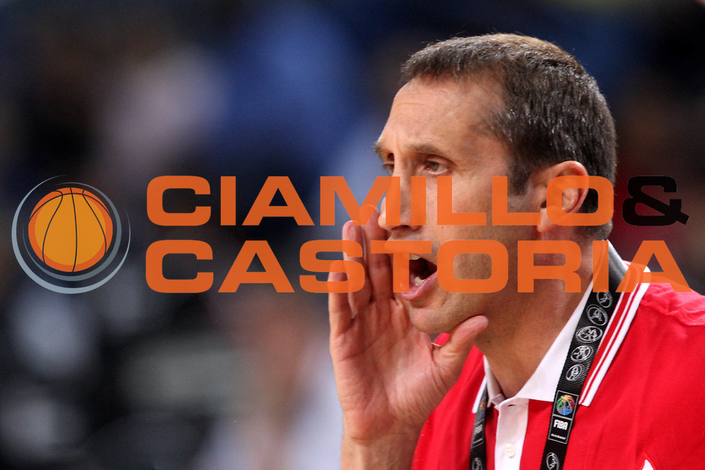 DESCRIZIONE : Istanbul Turchia Turkey Men World Championship 2010 Eight Finals Campionati Mondiali Ottavi di Finale  Russia New Zealand<br /> GIOCATORE : David Blatt<br /> SQUADRA : Russia<br /> EVENTO : Istanbul Turchia Turkey Men World Championship 2010 Campionato Mondiale 2010<br /> GARA : Russia New Zealand Russia Nuova Zelanda<br /> DATA : 06/09/2010<br /> CATEGORIA : ritratto headshot<br /> SPORT : Pallacanestro <br /> AUTORE : Agenzia Ciamillo-Castoria/A.Vlachos<br /> Galleria : Turkey World Championship 2010<br /> Fotonotizia : Istanbul Turchia Turkey Men World Championship 2010 Eight Finals Campionati Mondiali Ottavi di Finale Russia New Zealand<br /> Predefinita :