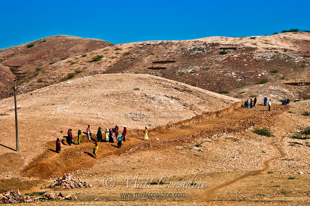 Women building road in Rajasthan country side.<br /> (Photo by Matt Considine - Images of Asia Collection)
