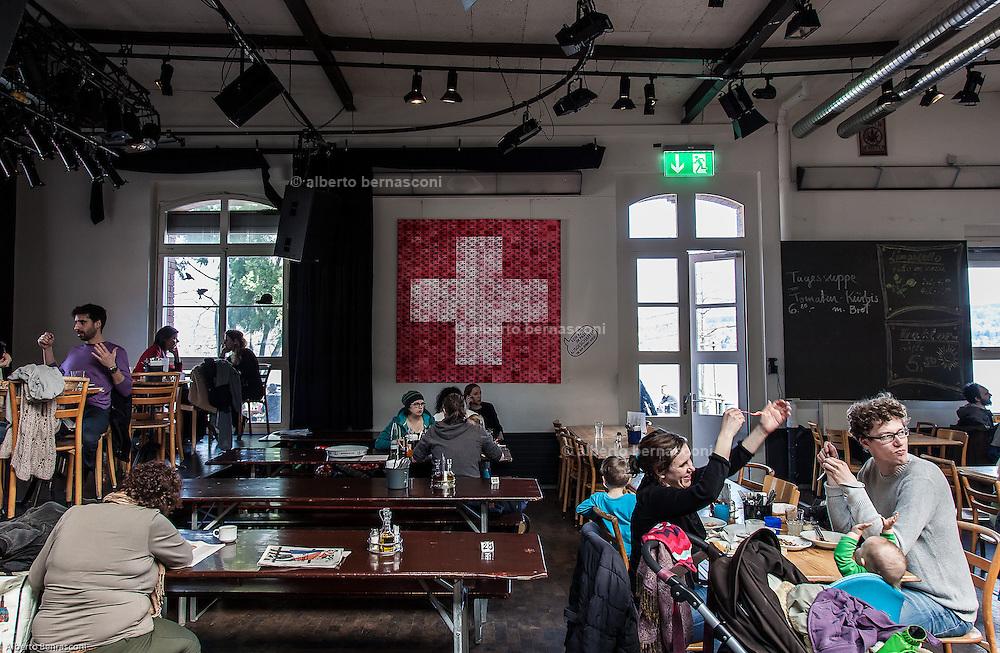 Switzerland, Zurich: the Rote Fabrik restaurant, Ziegel oh Lac