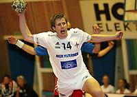 Håndball - Fet - Stord 24-21 11. september 2002. Kristoffer Enokson, Stord.<br /> <br /> Foto: Andreas Fadum, Digitalsport
