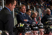 KELOWNA, CANADA - JANUARY 28: Head coach, Mike Johnston, assistant coach, Oliver David, athletic therapist Rich Campbell and equipment manager Mark Brennan of the Portland Winterhawks stand on the bench against the Kelowna Rockets on January 28, 2017 at Prospera Place in Kelowna, British Columbia, Canada.  (Photo by Marissa Baecker/Shoot the Breeze)  *** Local Caption ***