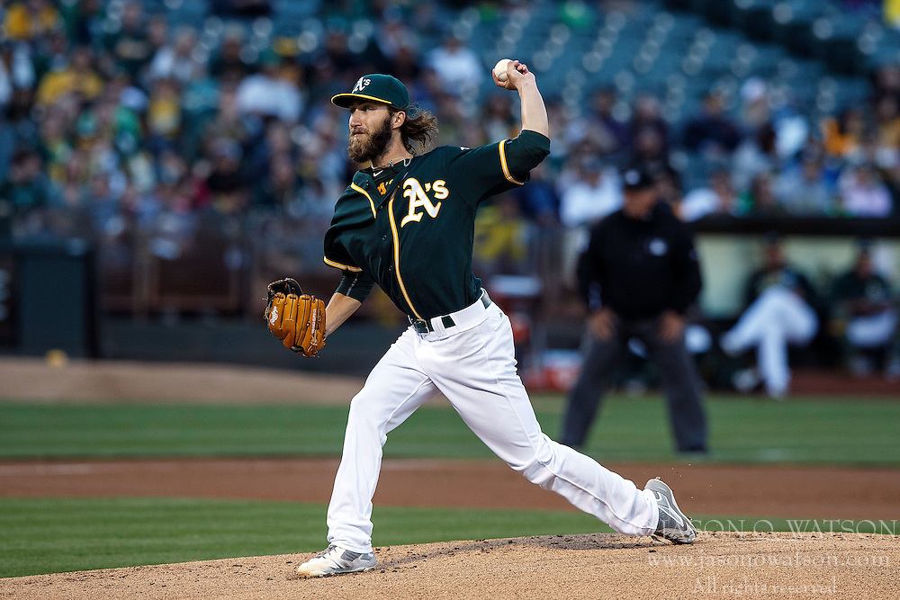 OAKLAND, CA - JULY 19:  Dillon Overton #47 of the Oakland Athletics pitches against the Houston Astros during the first inning at the Oakland Coliseum on July 19, 2016 in Oakland, California. The Oakland Athletics defeated the Houston Astros 4-3 in 10 innings.  (Photo by Jason O. Watson/Getty Images) *** Local Caption *** Dillon Overton