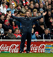 Photo: Jed Wee/Sportsbeat Images.<br /> Middlesbrough v Manchester City. The Barclays Premiership. 17/03/2007.<br /> <br /> Manchester City manager Stuart Pearce feels the pressure.