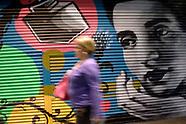 Pintadas en cortinas de comercios