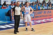 DESCRIZIONE : Cantu, Lega A 2015-16 Acqua Vitasnella Cantu' Enel Brindisi<br /> GIOCATORE : Brad Heslip<br /> CATEGORIA : Fair Play<br /> SQUADRA : Acqua Vitasnella Cantu'<br /> EVENTO : Campionato Lega A 2015-2016<br /> GARA : Acqua Vitasnella Cantu' Enel Brindisi<br /> DATA : 31/10/2015<br /> SPORT : Pallacanestro <br /> AUTORE : Agenzia Ciamillo-Castoria/I.Mancini<br /> Galleria : Lega Basket A 2015-2016  <br /> Fotonotizia : Cantu'  Lega A 2015-16 Acqua Vitasnella Cantu'  Enel Brindisi<br /> Predefinita :