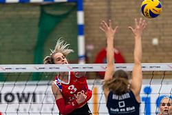 21-04-2019 NED: VC Sneek - Sliedrecht Sport, Sneek<br /> Final Round 2 of 5 Eredivisie volleyball - Sliedrecht Sport win 3-0 / Anlene van der Meer #3 of VC Sneek