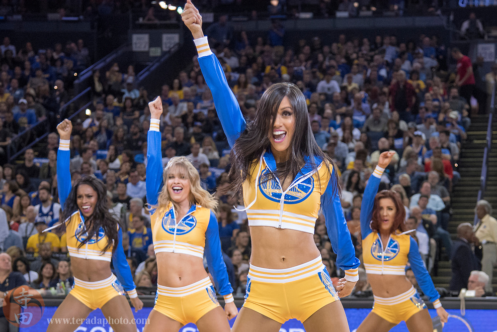 October 27, 2017; Oakland, CA, USA; Golden State Warriors Dance Team dancer Helen during the third quarter against the Washington Wizards at Oracle Arena. The Warriors defeated the Wizards 120-117.