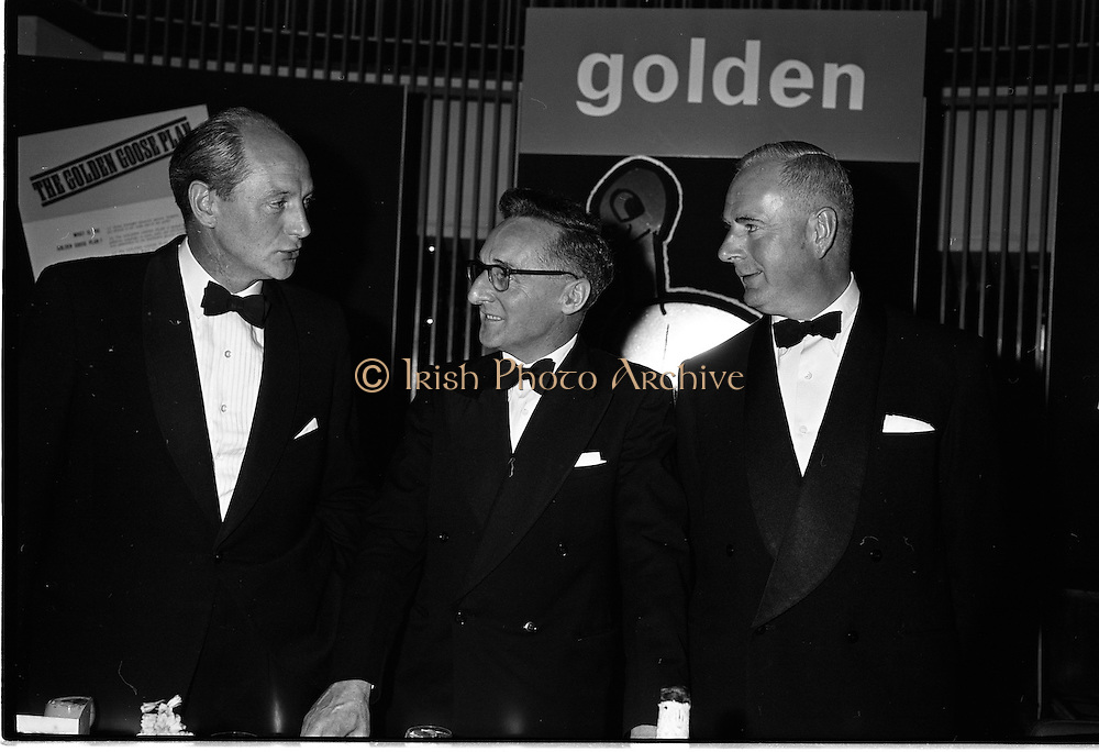 20/08/1962<br /> 08/20/1962<br /> 20 August 1962 <br /> Efficient Distribution Ltd. Dinner at Shelbourne Hotel, Dublin. Chatting during the reception were (l-r): Jack Lynch, Minister for Industry and Commerce; D. Tyndall and R. Forsythe.