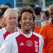 NLD/Hilversum/20060920 - Jubileumwedstrijd VV Altius - Lucky Ajax, Gerrie Muhren en Johnny van 't Schip