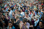 The crowd at Kingman Island Bluegrass Festival enjoy the performance by the Hackensaw Boys.