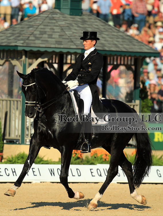 Edward Gal and Moorlands Totilas at the 2010 Alltech FEI World Equestrian Games, Lexington, Kentucky.