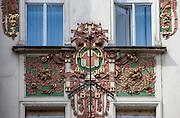 "Blumenornamente am JUgenstilhaus ""Topic"" in der Narodni Strasse (Narodni Trida)."
