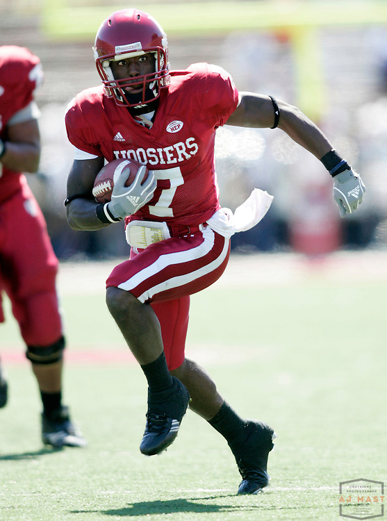 15 September 2007: Indiana wide receiver Ray Fisher (7) as the Indiana Hoosiers played the Akron Zips in a college football game in Bloomington, Ind. Indiana won 41-24.