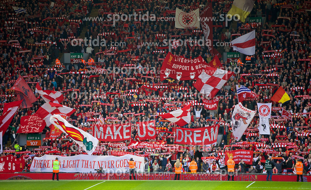 13.04.2014, Anfield, Liverpool, ENG, Premier League, FC Liverpool vs Manchester City, 34. Runde, im Bild Liverpool fans on the Spion Kop // during the English Premier League 34th round match between Liverpool FC and Manchester City at Anfield in Liverpool, Great Britain on 2014/04/13. EXPA Pictures &copy; 2014, PhotoCredit: EXPA/ Propagandaphoto/ David Rawcliffe<br /> <br /> *****ATTENTION - OUT of ENG, GBR*****