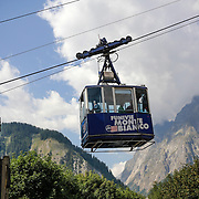 Monte Bianco, Ottava Meraviglia del Mondo, la montagna più alta d'Italia e dell'Europa centrale.<br /> <br /> Mont Blanc, Eighth Wonder of the World, the highest mountain in Italy and Central Europe.