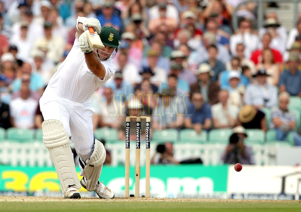 © Andrew Fosker / Seconds Left Images 2012 - South Africa's Graeme Smith (c) drives through the covers on day 3 England v South Africa - 1st Investec Test Match -  Day 3 - The Oval  - London - 21/07/2012
