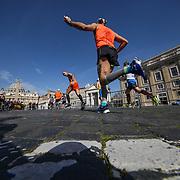 Roma 07/04/2018 <br /> Maratona di Roma 2018 <br /> 24ma edizione<br /> il passaggio a Piazza San Pietro