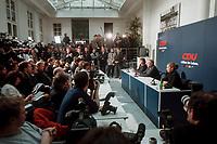 11 JAN 2000, BERLIN/GERMANY:<br /> CDU Pressekonferenz &quot;100.000-Mark-Spende des Waffenh&auml;ndlers Schreiber&quot;, mit Angela Merkel, CDU Generalsekret&auml;rin, und Wolfgang Sch&auml;uble, CDU Vorsitzender, CDU Bundesgesch&auml;ftsstelle<br /> IMAGE: 20000111-01/01-32<br /> KEYWORDS: Wolfgang Schaeuble