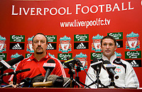 LIVERPOOL, ENGLAND - Tuesday, July 29, 2008: Liverpool's new signing Robbie Keane with manager Rafael Benitez during a press conference at the club's Melwood Training Ground. (Photo by David Rawcliffe/Propaganda)