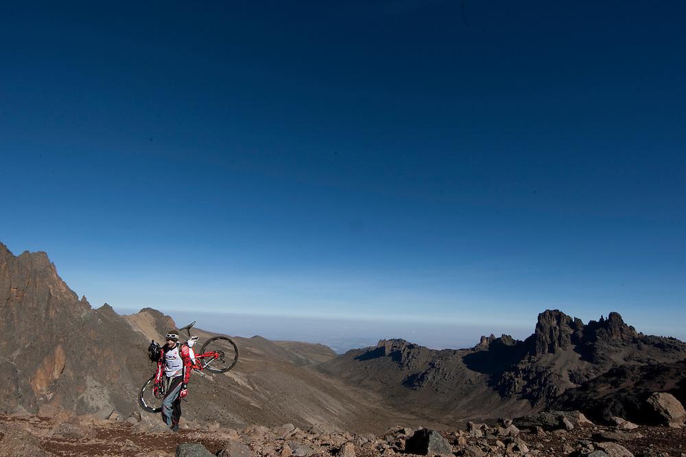 Location: Mont Kenya (Kenya) Urge Kenya 09/ The ultimate Mountain Bike gravity adventure at Mont-Kenya Rider: Yvaral Villier