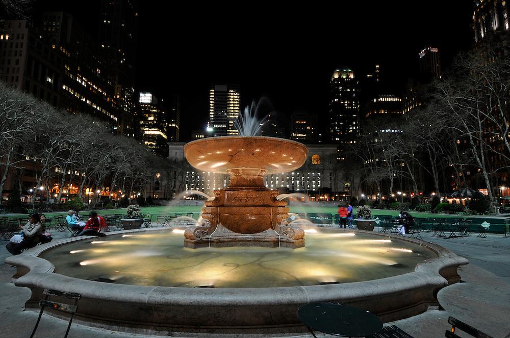 Fountain, Bryant Park, Manhattan, New York City, New York, USA